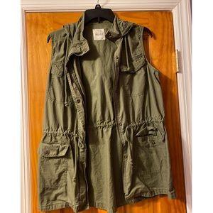 MUDD sleeveless jacket